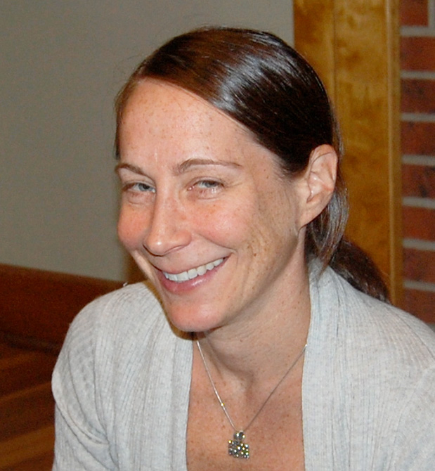 Elisabeth Aron